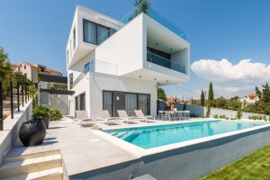Luxury villa for booking