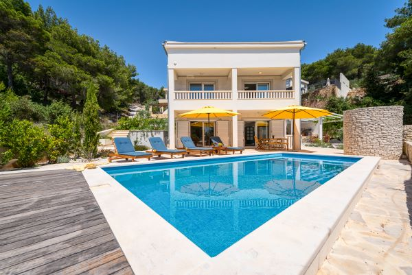 Luxury villa Brač